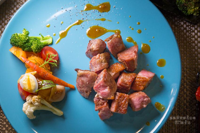 【台南美食】台南鐵板料理推薦,小巷內的HAPPY FOOD 樂食新鉄板料理