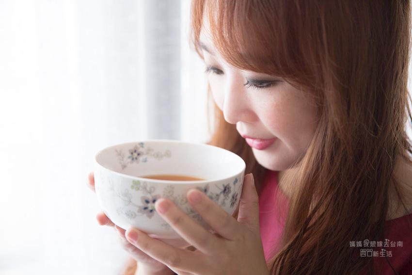 【台南美食】補充好體力,健康又營養~爸爸媽媽必備的飲品! 純淬工房滴雞精