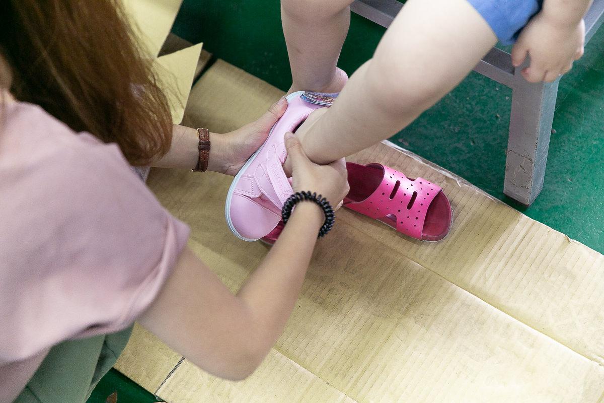 20190509220959 69 - 熱血採訪│2019大雅特賣會開始囉,只有11天,國際運動品牌,大人鞋款、童鞋、運動品牌服飾開賣